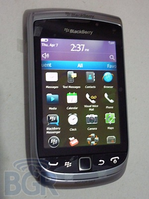 BlackBerry-Torch-2110408131905
